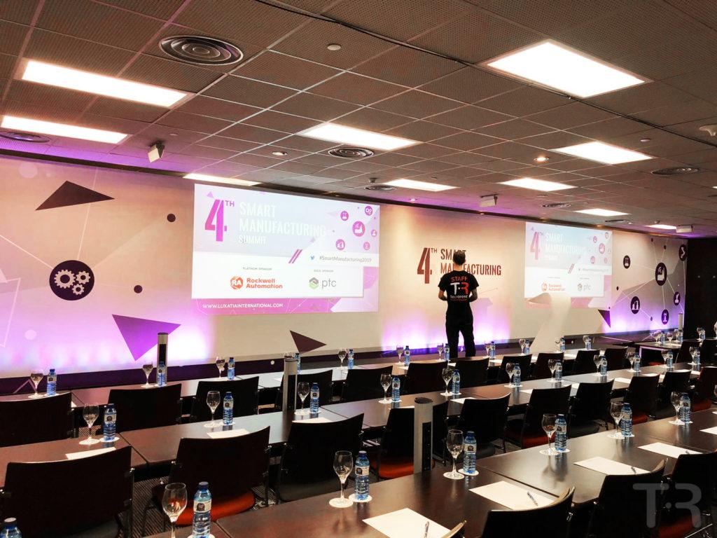 Cumbre de negocios internacional en Novotel Barcelona City